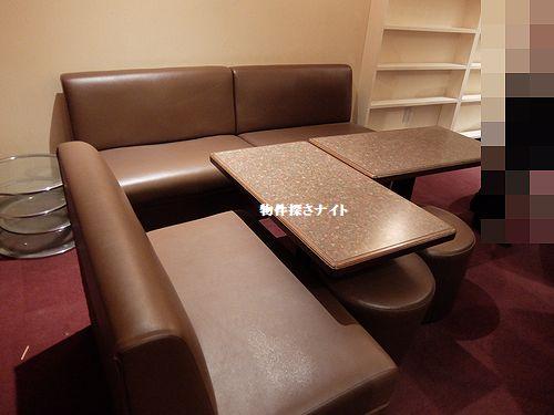近鉄「八尾」駅すぐ!バー・スナック向き居抜き店舗♪カウンター・1BOX!(3247)